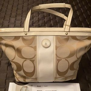 Coach Signature a Jacquard Brown/beige bag